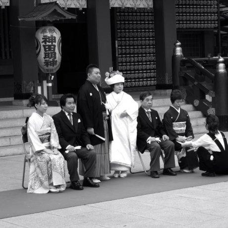 Witness a Japanese Wedding Photo Spot: Kanda Myojin Shrine