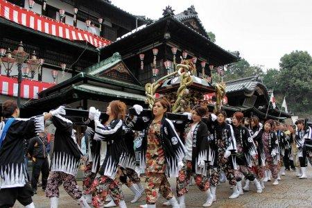 งานเทศกาลฤดูใบไม้ผลิโดะโกะ ออนเซ็น
