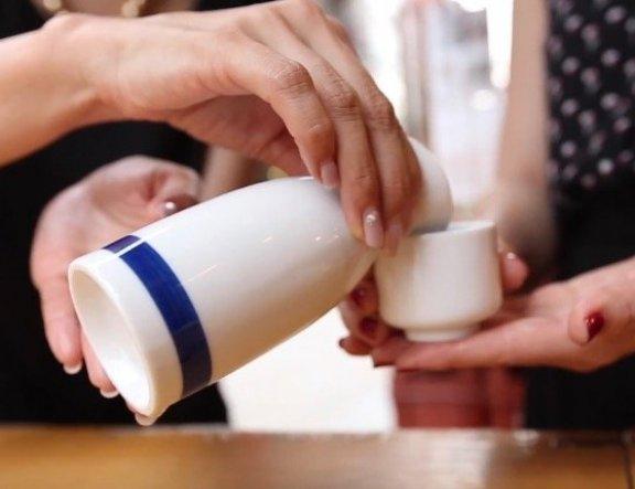 Thử rượu Sake ở Tokyo