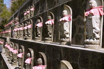 Ushita Kannon-temple & Pet Cemetery