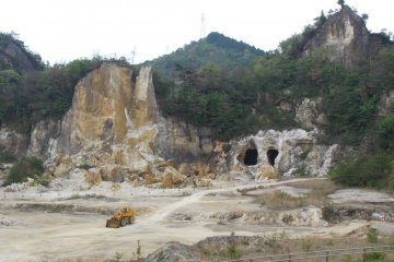<p>The quarry in Izumiyama in Arita, where high quality kaolinite is quarried</p>