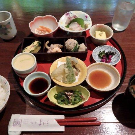 ร้านอาหาร Washoku Yohira