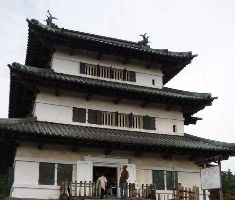 Hirosaki Castle keep