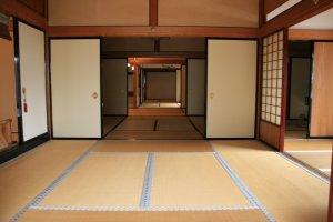 Inside the Honjin