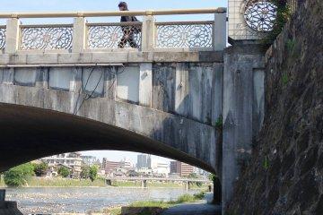 Crossing the Kamogawa