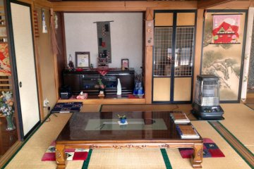 <p>The interior of Ippuku-ya is comfortable and inviting, more like a house than a restaurant.</p>