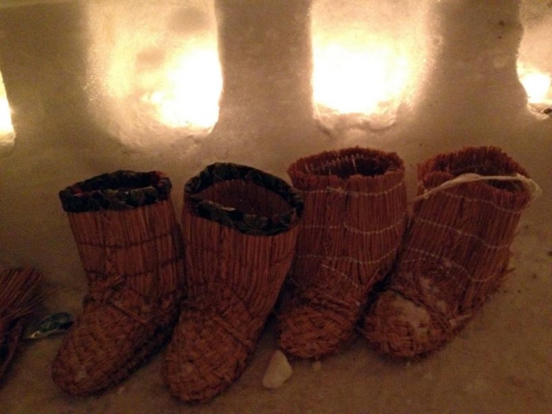 Traditionally, people would wear these wara (straw) boots during the winter. Nowadays, most people prefer something a little sturdier!