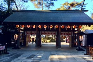 The gate to the main shrine with lamps that are always lit