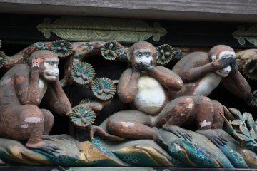 The famous three monkeys.