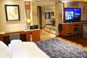 Water Hotel S: The Perfect Couples Retreat