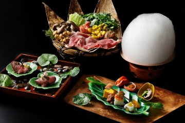 Kaiseki dinner course, with beef, sukiyaki and assorted delicacies