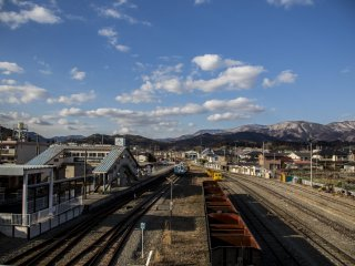The snow had not reached Sakari station, the terminal for the Sanriku Railway's Minami-Rias Line