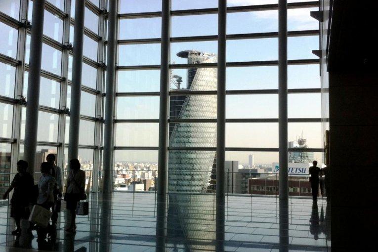 رواق السماء في برج ناجويا ماريوت