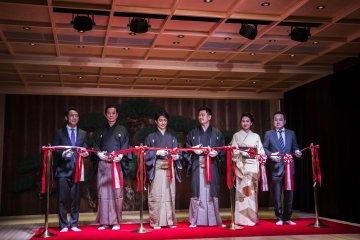 Церемония открытия с приглашенными гостями