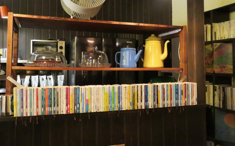 The rows of second hand Japanese novels and English books sitting neatly on the rich brown shelves and the old antique clock really slows you down to a tranquil moment that is truly me time.