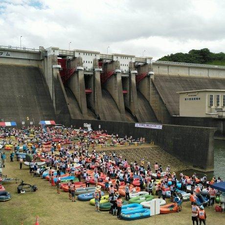 Kitakami River Rubber Boat Race