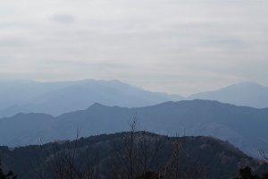 วิวบนภูเขานั้นงดงามตระการตายิ่งนัก