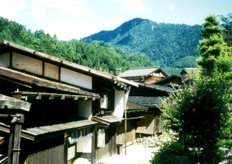 쯔마고와 마고메의 마을은 특히 비수기에 평화롭다