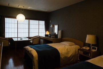 Twin room, western style