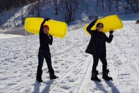 เล่นสเลดหิมะที่โคะคุไซ สกีรีสอร์ท