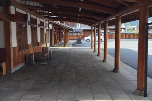 A new, beautifully-crafted Edo Period structure at the Sanyo HC factory in Kamogata