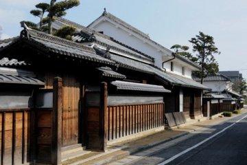 The entrance to Kamogata Machiya history park