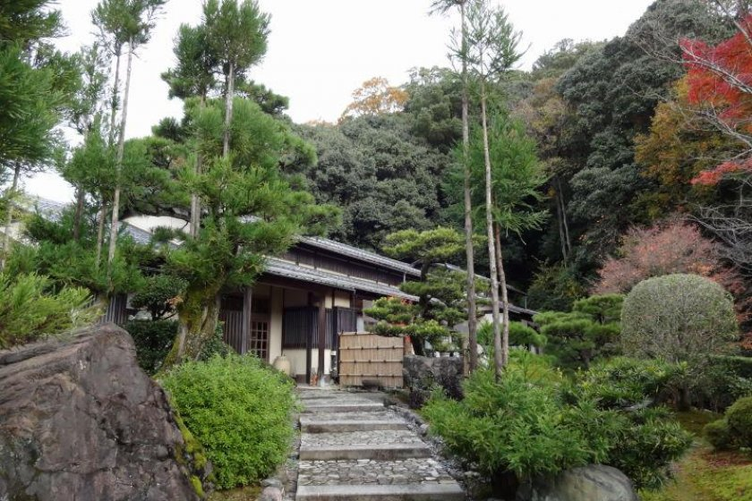 Stone walkway to Japanese style rooms.