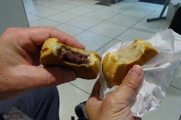 ได้มาแบ่งกันทานคนละสองอัน อันละ 85 เยน ไม่แพงเลย ขนาดใหญ่เต็มมือ รสชาติเต็มปาก และมีกลิ่นหอมสุดๆ