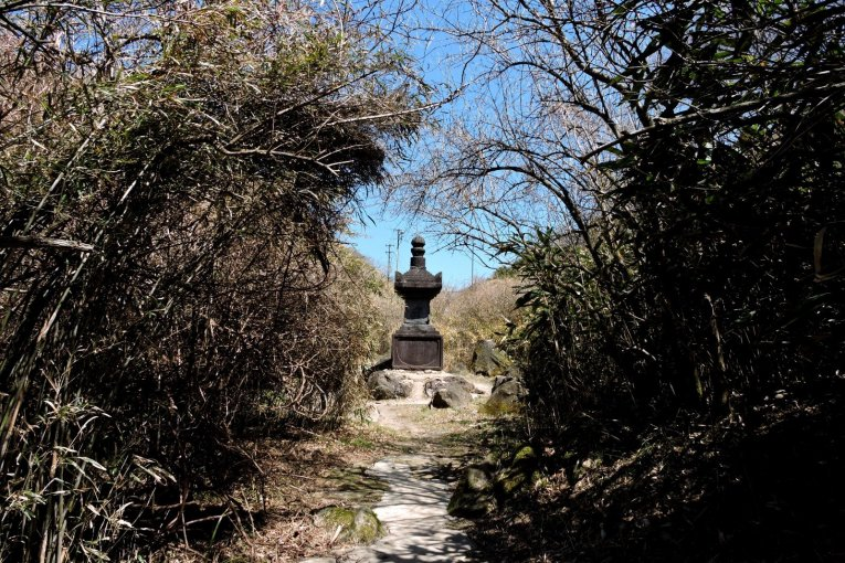 Buddhist Statues at Moto-Hakone