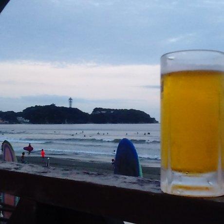 A Frozen Beer on Kugenuma Beach