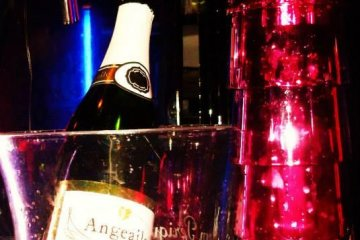 Champagne for ever!