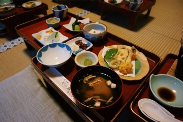 A traditional Buddhist meal at the temple