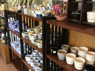 Take home some beautiful soba sauce cups