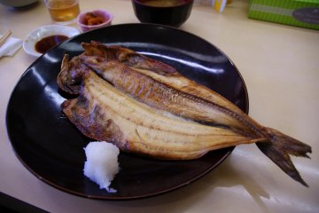 Grilled Hokke with grated daikon radish