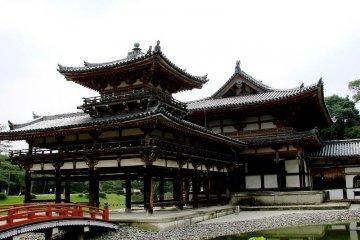 Byōdō-in Temple, Uji