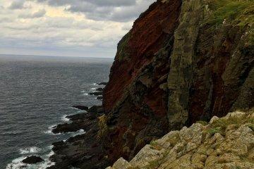 知夫里島的赤壁