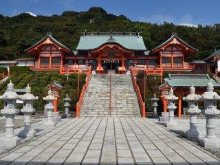 Ngôi đền mang đến sự thiêng liêng và không có một bóng người