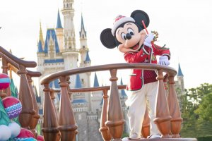 """Diễu hành """"Câu chuyện giáng sinh của Disney"""""""