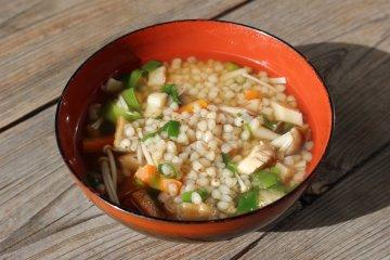 Soba noodle zousui porridge