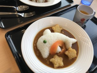 So much so that their kids meals offer a curry set complete with a rice-shaped dolphin