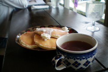 Original Style Pancakes With Drink Set