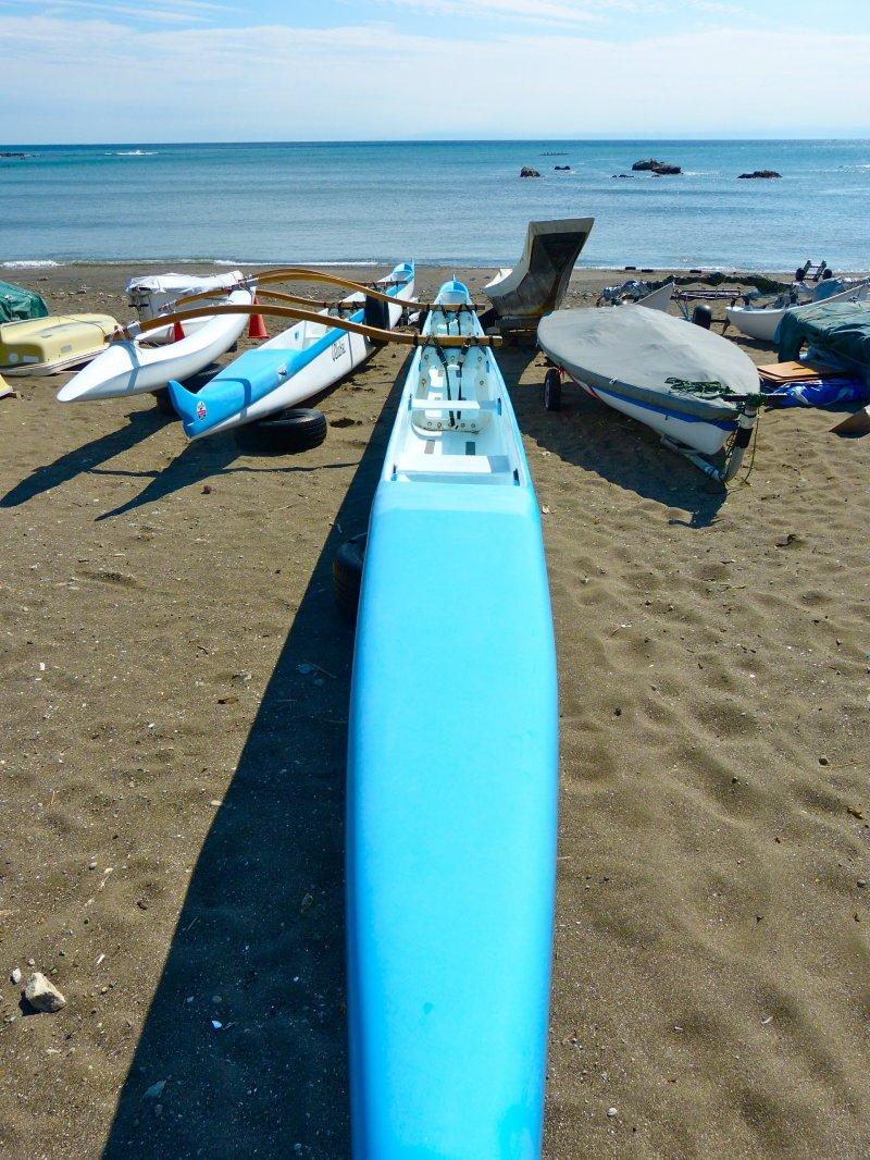 해변의 바다 카약