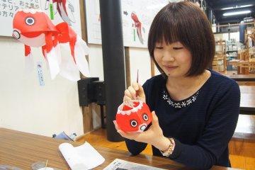 Goldfish lantern making in Yanai
