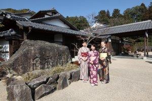 """Tout est prêt pour une agréable promenade dans les rues du """"Kyoto de l'Ouest"""""""