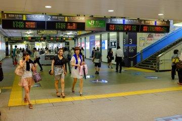 Inner transit hall