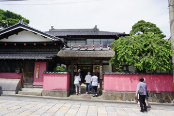 Entrance of the Somaro teahouse in Sakata