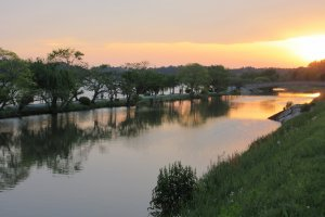 Река в Мито