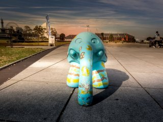 When approaching this area you cannot help but notice an abundance of blue elephants. The combination of this animal along with the color blue is said to represent the sea