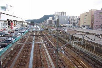 great row of tracks