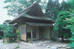 Pavillon de thé Meimei-an, construit sur les plans du seigneur et grand lettré Matsudaira Fumai.